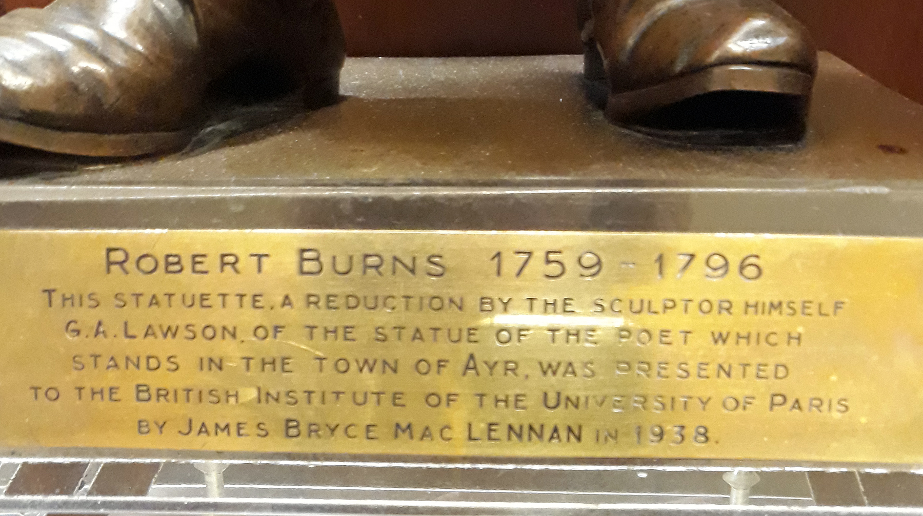 20180122_155925 - Plaque on Statue